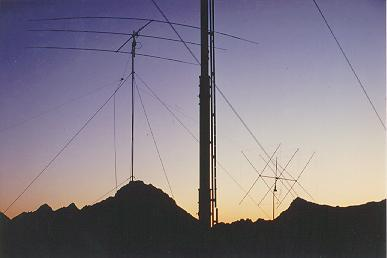 Antennas at HB0/DL8OH in the sunset