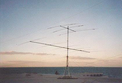 Antennas at 3V8BB: